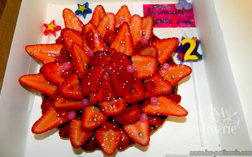 tarte anniversaire aux fraise